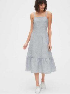 Apron dresses- chicest woman fashion