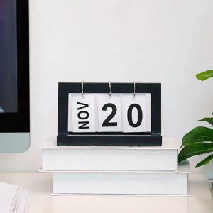 Calendars Desk Desktop Calendars- essentials for setting up a personal workspace at home