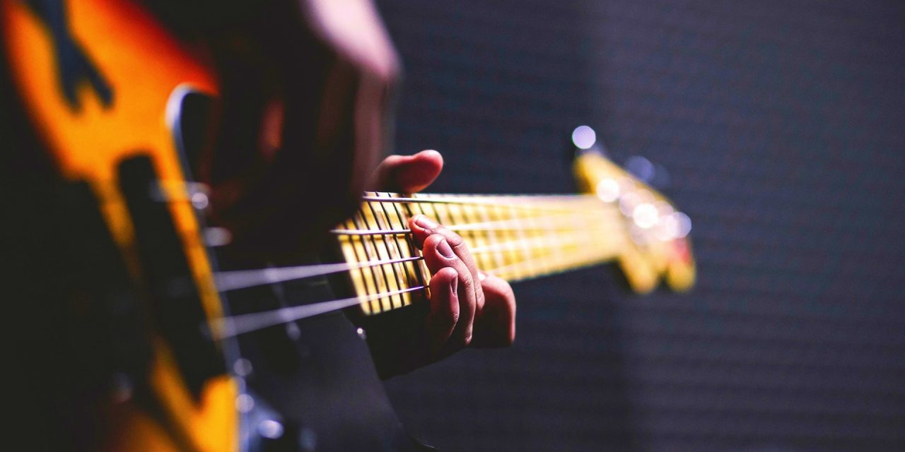 Top 10 popular musical instruments you ought to try