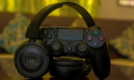 Best gaming controllers and headsets under AED 300 for that ultimate gaming experience