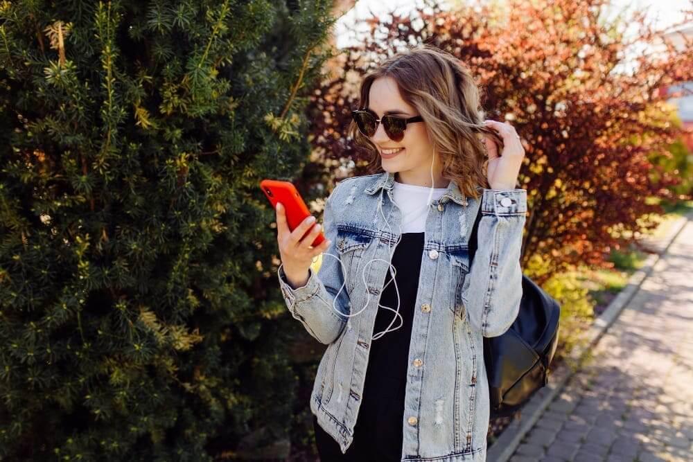 Grab the best smartphones 2021 under AED 1599